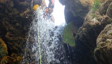 Descenso del barranco Amanaderos en Teruel