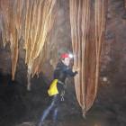 Espeleobarranquismo en las Cuevas Valporquero en León